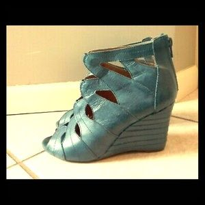 NIB Miz Mooz Tamara wedge heels